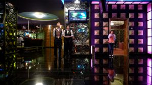 Waiters waiting (Moscow, Russia, 2010)